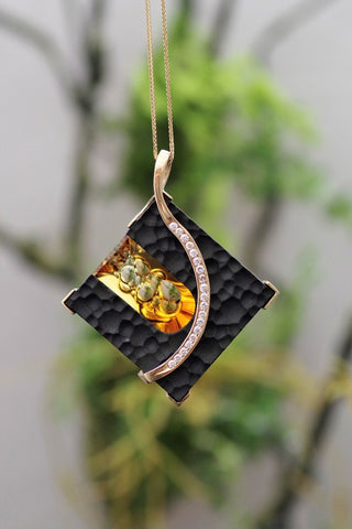 14k Yellow Gold Sculpted Onyx with Citrine and Diamonds Pendant or Brooch
