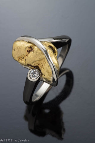 14k White Gold Nugget and Diamond Ring