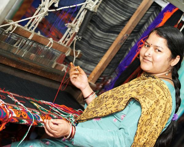 Weaving Artisans - Weaving The Many Threads of Motherhood through the Loom