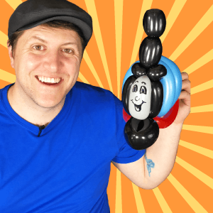 Video: Thomas the Tank Engine Balloon Art by Balloon Josh