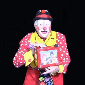 Clown Camera Clown Skit with Papa Razzi