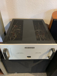 Audio Research HD220 Amplifier [Previously Owned] - Alma Music and Audio - San Diego, California