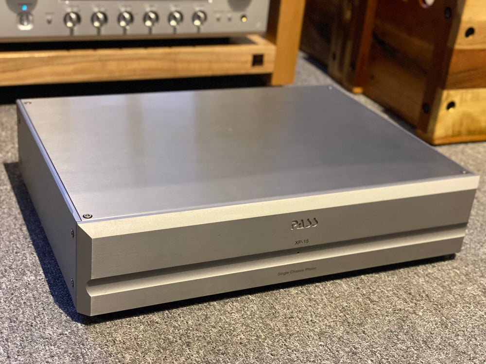 Pass Labs XP-15 Phono Preamplifier [Previously Owned] - Alma Music and Audio - San Diego, California