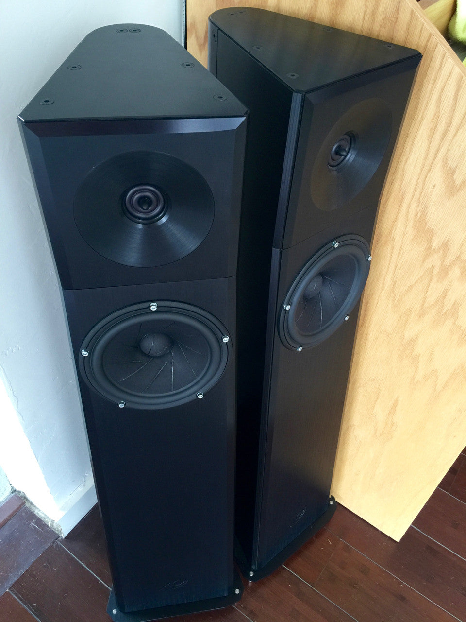 YG Acoustics Carmel floor standing speakers [Previously Owned] - Alma Music and Audio - San Diego, California