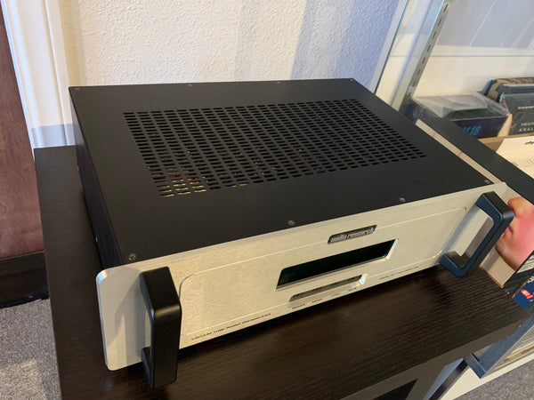 Audio Research PH7 Phono Stage [Previously Owned] - Alma Music and Audio - San Diego, California