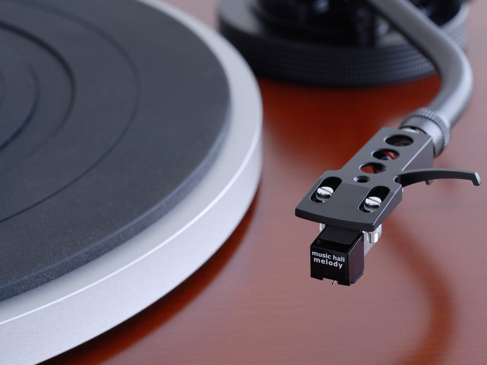 Music Hall mmf-1.5 Turntable - Alma Music and Audio - San Diego, California