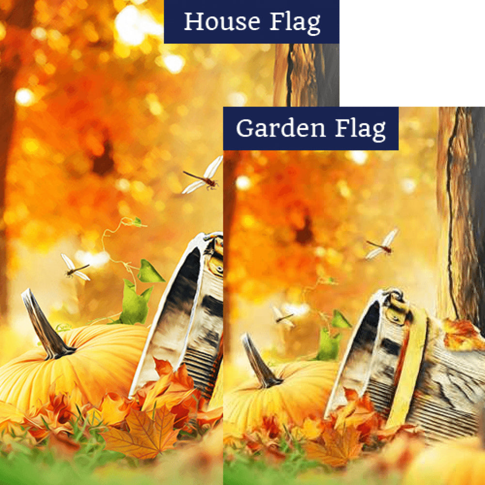 Old Wooden Bucket And Pumpkin Flags Set (2 Pieces)