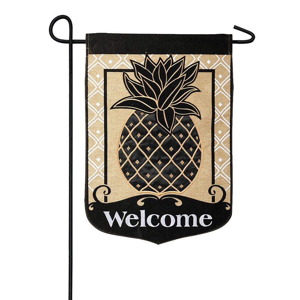 Classic Burlap Pineapple Appliqued Garden Flag