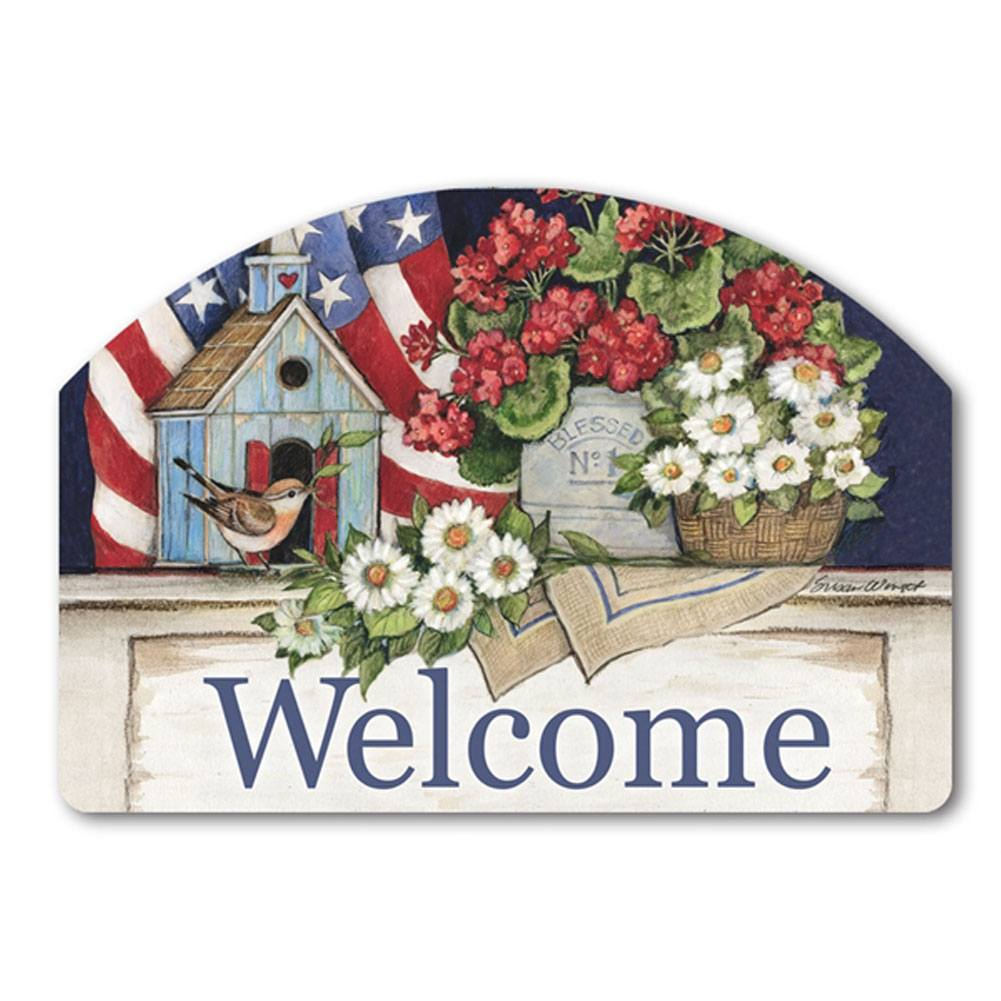 Patriotic Birdhouse Geraniums Yard DeSign