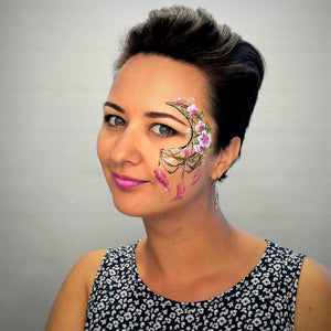 Video: Floral Dreamcatcher Face Paint Design by Helene Rantzau