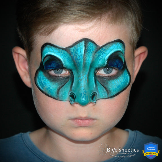 Easy 'Blue' Mask by Annabel Hoogeveen