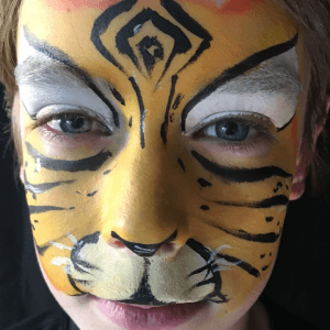 Split Cake Tiger Face Paint Design Tutorial by Kiki
