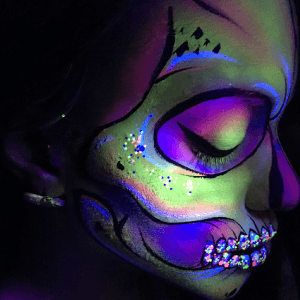 Blacklight Sugar Skull Airbrush Design Video by Kellie Burrus