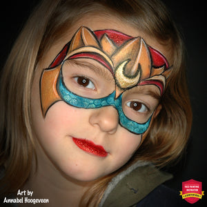 A Cool Mask for the Beautiful Mera by Annabel Hoogeveen