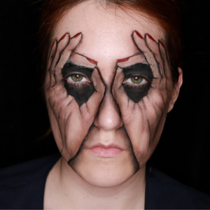 Hand Illusion Face Paint Video by Ana Cedoviste