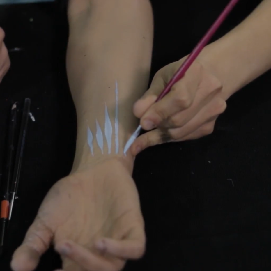 Art of Face Painting Video -  How to do Lines