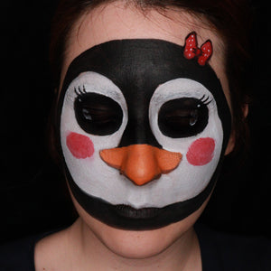 Penguin Face Design by Ana Cedoviste