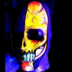 A Glowing Neon Skull For Day and Night