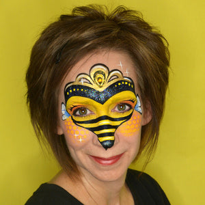 Queen Bee Design by Pam Kinneberg