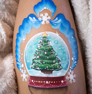 How to Face Paint a Christmas Snowglobe
