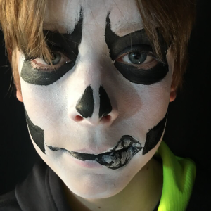 Skull Face Paint Video Tutorial by Kiki