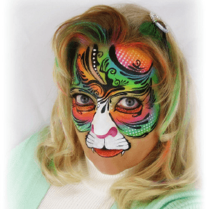 Kitty Cat Contest Winner - Retro Kitty by Terri Connolly