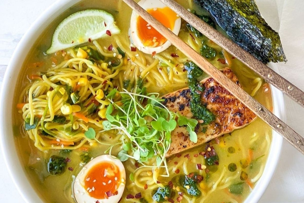 noodle bowl with seared salmon