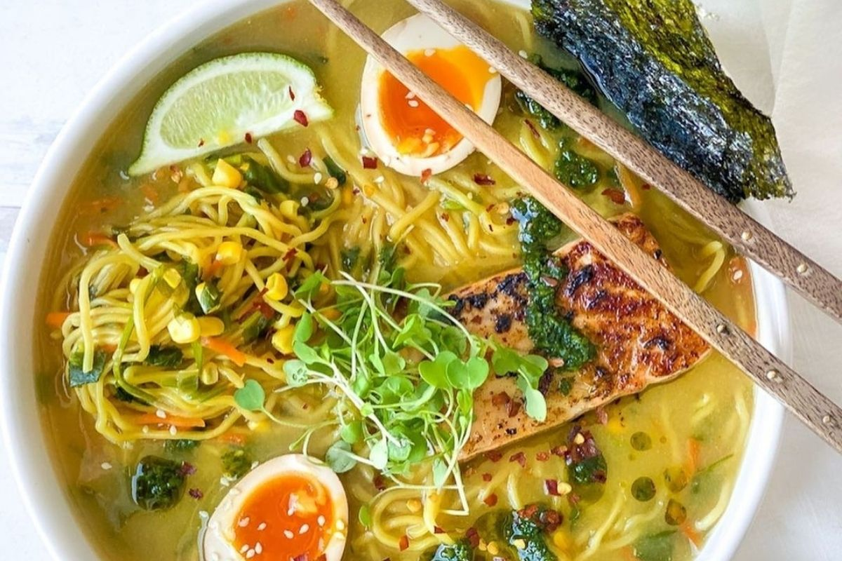bowl of ramen with variety of toppings
