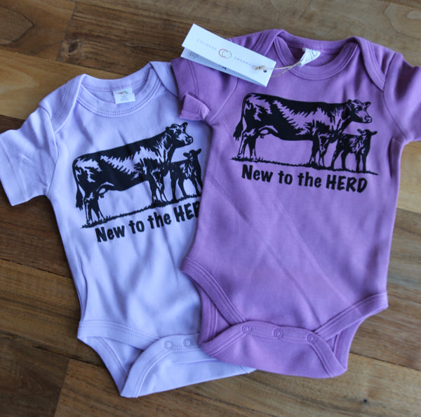 New to Herd Newborn outfit/Newborn,baby announcement/shower gift/Pregnancy announcement/baby gift/southern bodysuit/cow Newborn