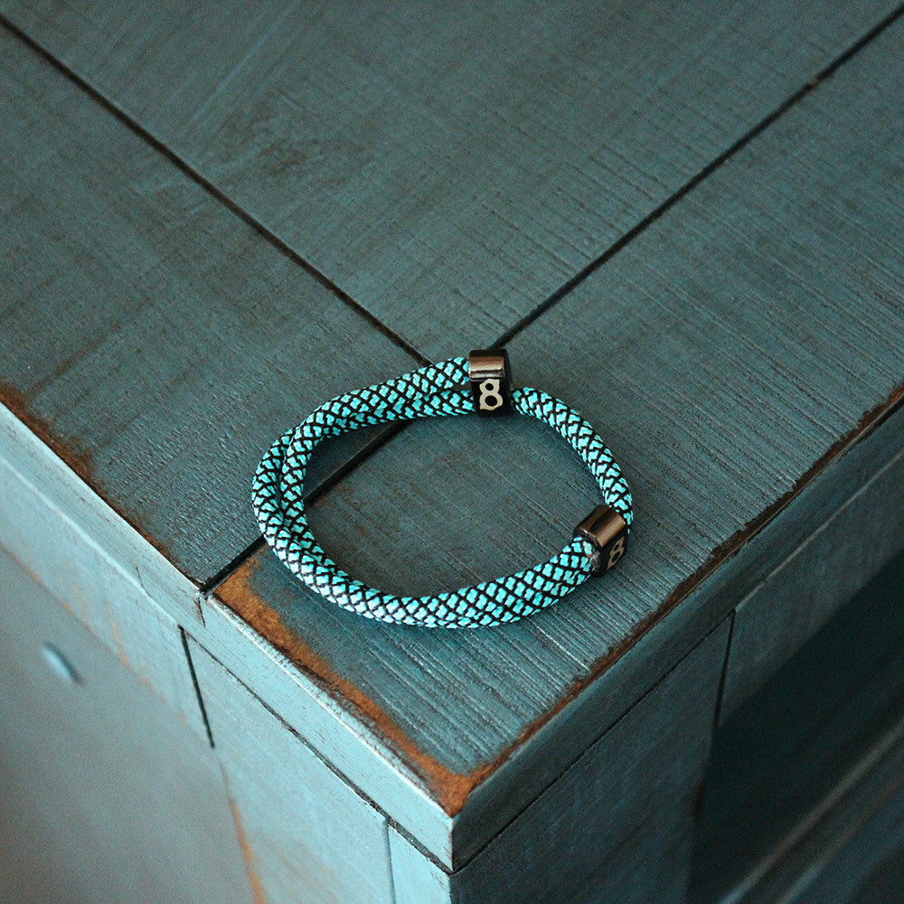 Light Blue(robin) and black st8te bracelet