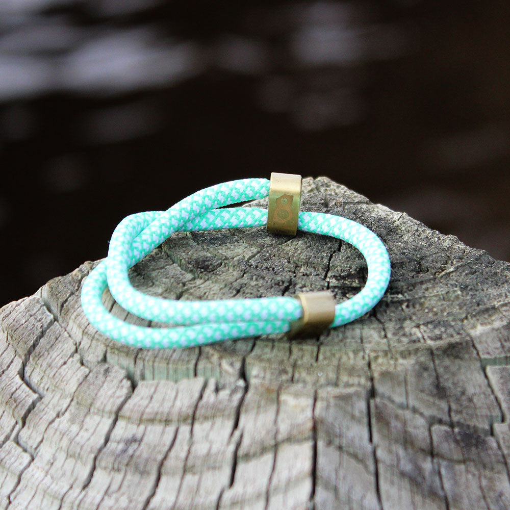 green/white/gold st8te bracelet