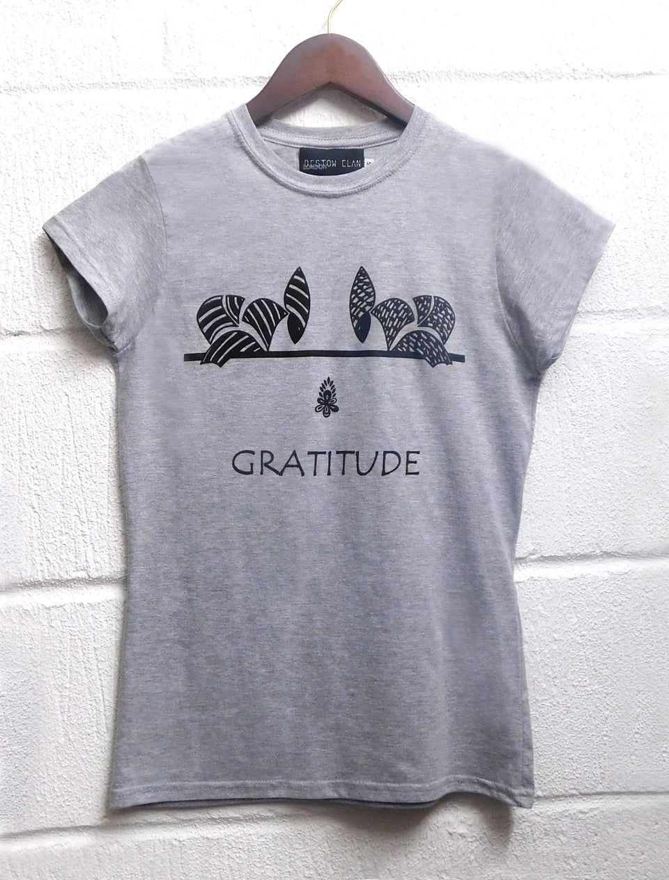 Bowing Ladies T-Shirt (Grey)