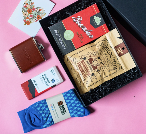 4 Creative Valentine S Day Gifts For Your Long Distance Boyfriend Happy Box