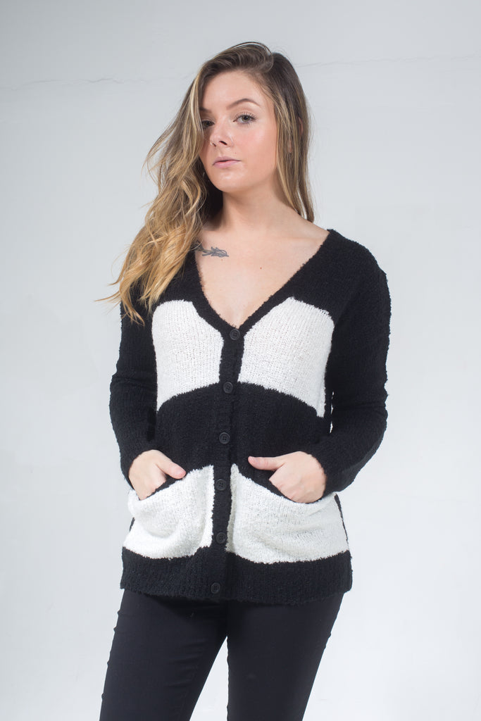 Lucia Cardigan Black/White