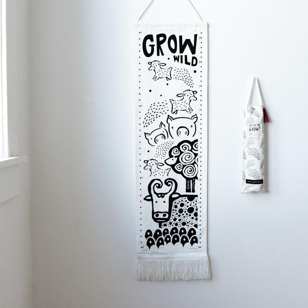 Wee Gallery - Organic Canvas Growth Chart - Farm