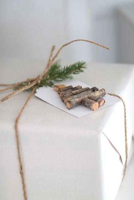 Christmas tree Branches gift tags