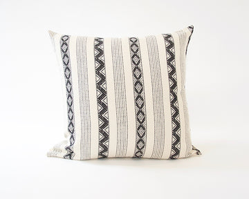 Black & Cream Zig Zag Accent Pillow - 24x24