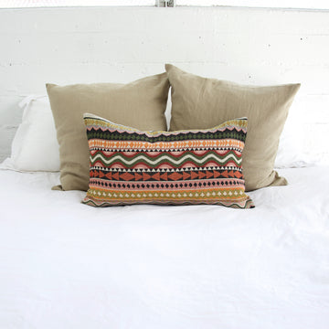 boho-lumbar-pillow
