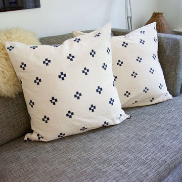 Cream-navy-accent-pillow