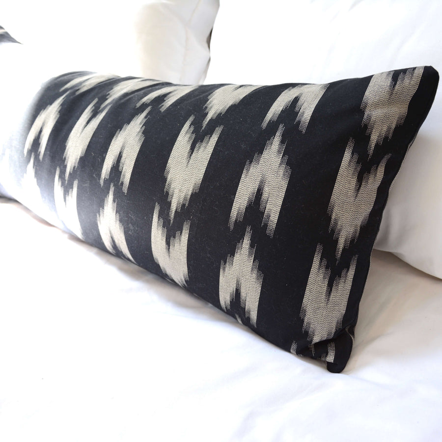 Extra long Lumbar Pillow Black