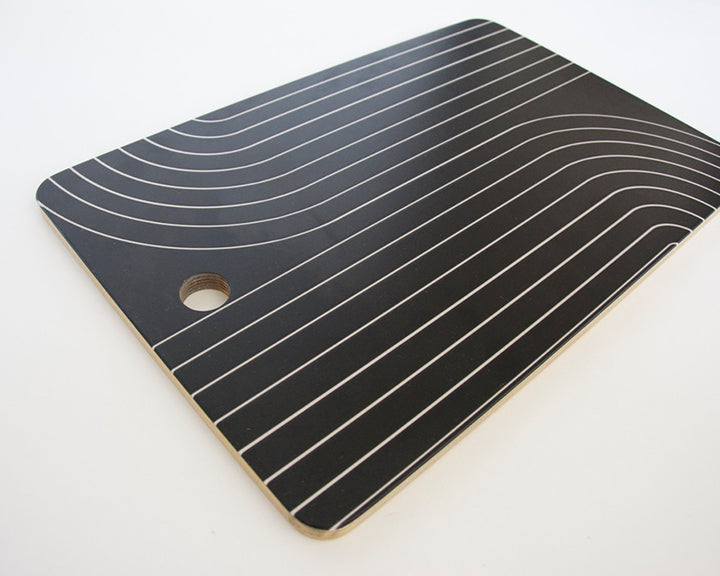 Minimal Line Curvature - Black and White Cutting Board