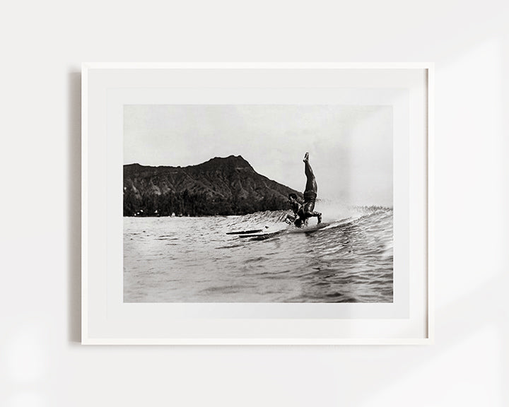 Surfing Diamond Head, Hawaii Art Print
