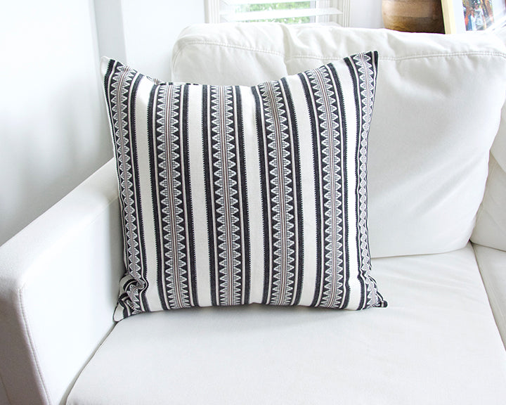 White & Black Sawtooth Accent Pillow - 20x20