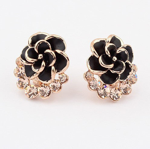 Women's Flower Shaped Gold Plated Pave Crystal Earrings - Bestshopup