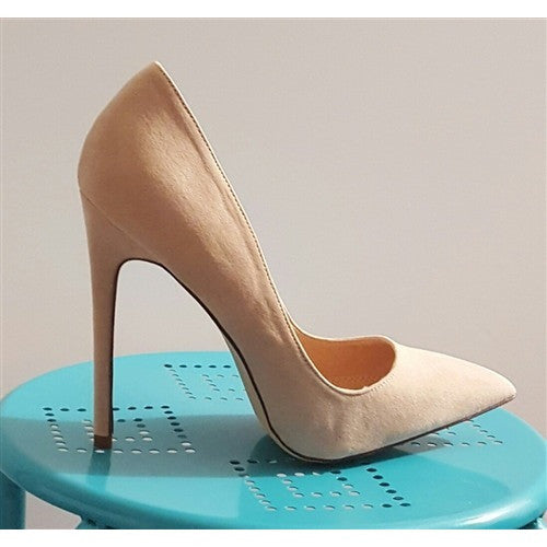 Nudie Pumps