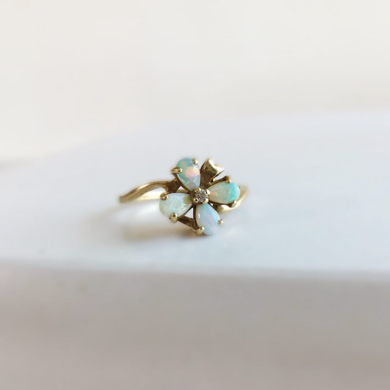 Opal + Diamond Flower Ring *Vintage*
