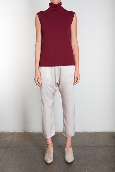 PLUSH SLEEVELESS MOCK TURTLENECK - RUBY