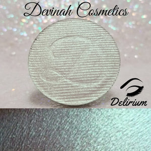 DELIRIUM Iridescent Face and Body Highlighter