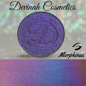 Multichrome eyeshadow blue purple copper red
