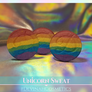 UNICORN SWEAT Pigmented Rainbow Eyeshadow